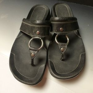 Cole Haan Nike Air black ring sandals10m